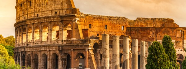 Picture of the coliseum ruins in Rome